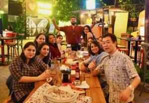 クラスメイトと飲み会の写真